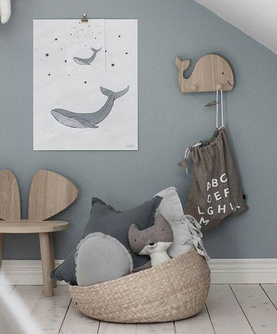 Infantile decoration with animals V