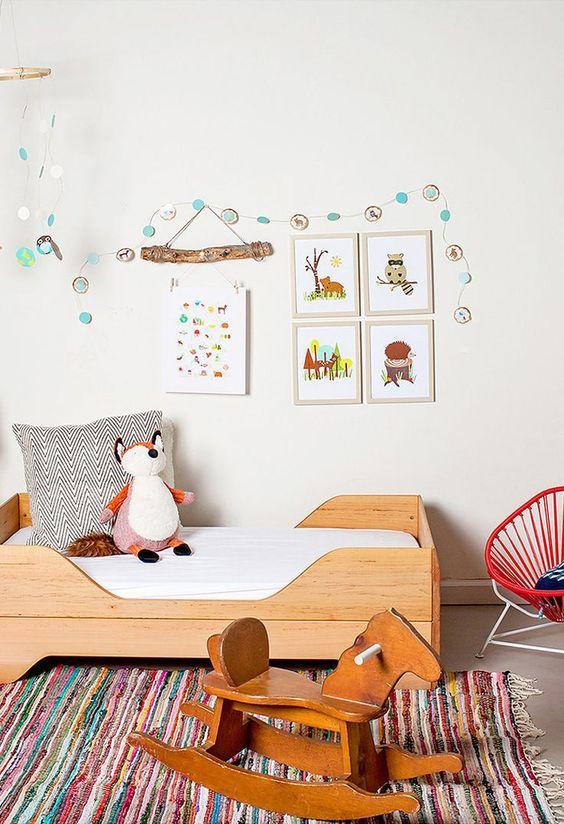 Infantile decoration with animals IV