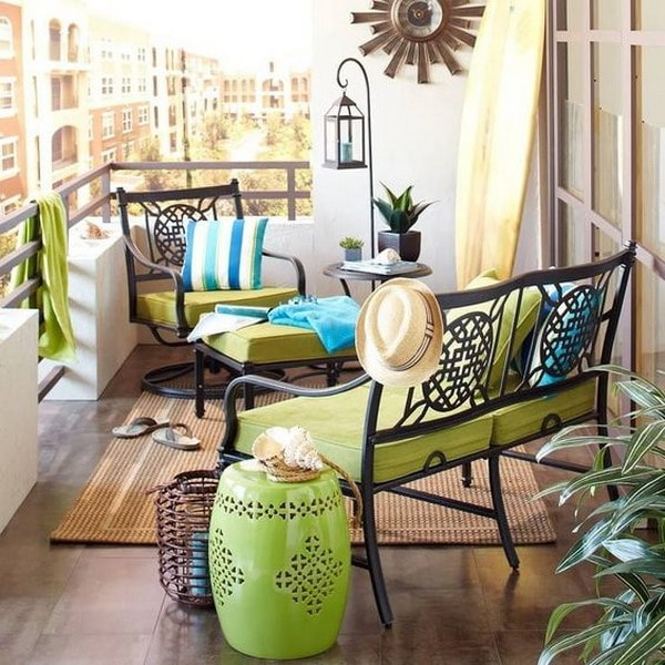Green and turquoise for the balcony