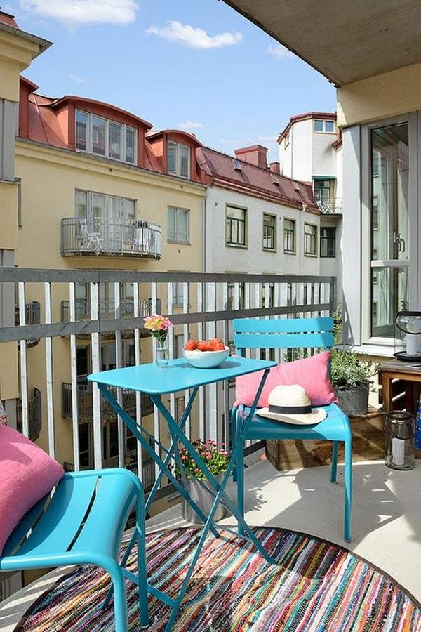 Urban balcony