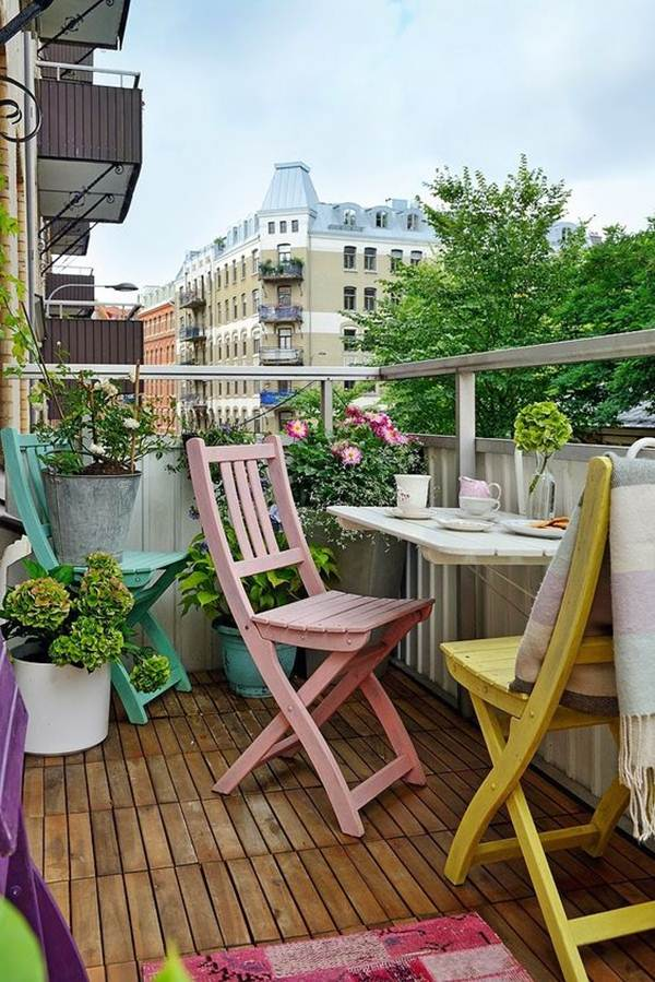 Balcony railing table
