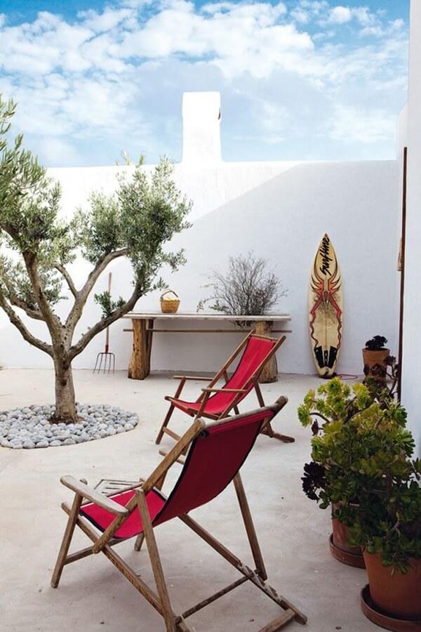 White walls on Mediterranean terrace