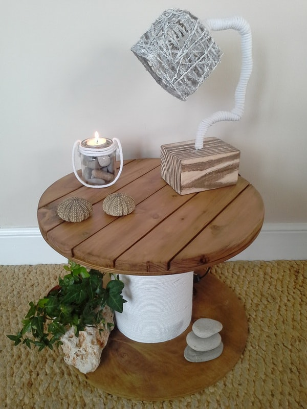 Auxiliary table made with cable reel