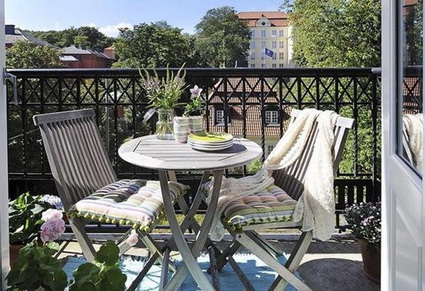 Low cost ideas for balconies