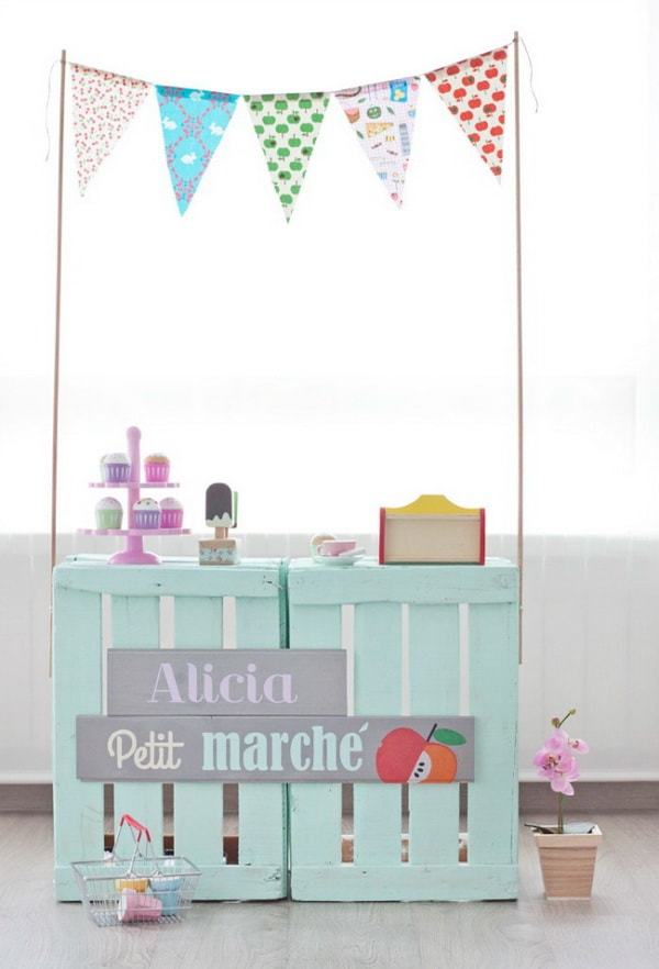 Pallets for decorating children's rooms