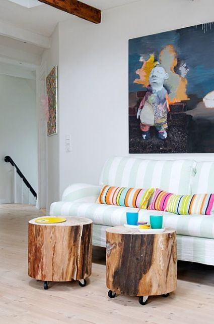 Coffee tables with wooden logs