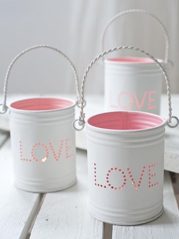 Create beautiful homemade candleholders