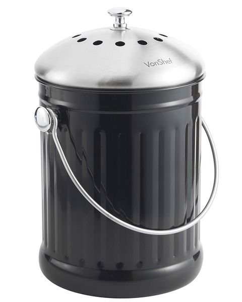 Organic waste bin with odour filter