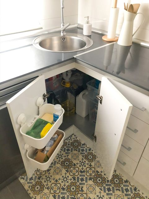 order in the cupboard under the sink