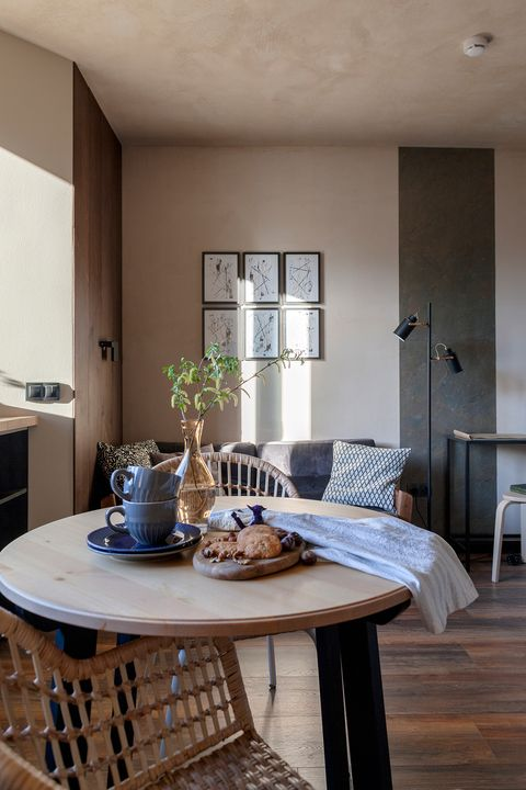 dining room decorated with wood and earth tones