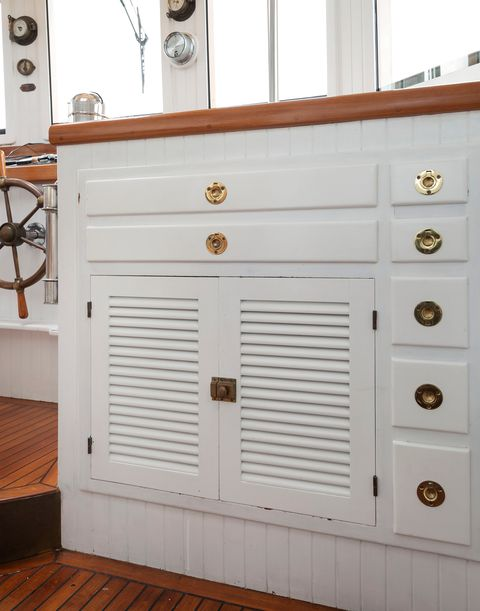 nautical-style chest of drawers