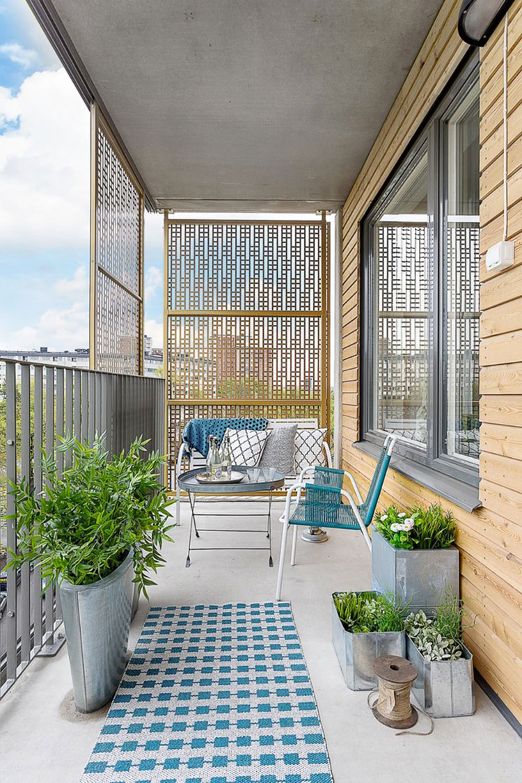 Ideas for decorating a narrow and long balcony n.04