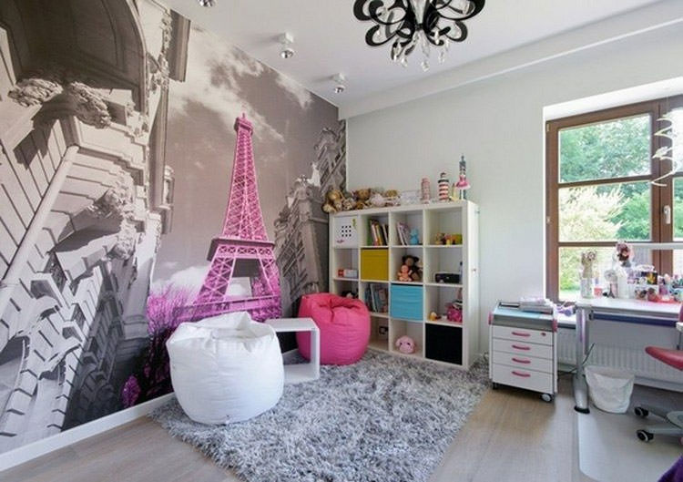 Children's bedroom with wall decorations n.16