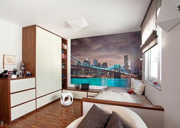 Kids bedroom with wall decorations n.05