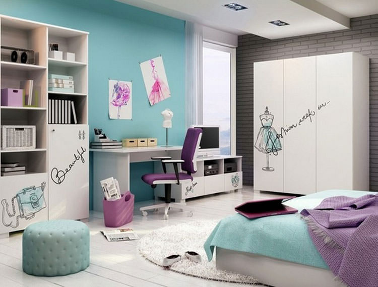 Kids bedroom with wall decorations n.23