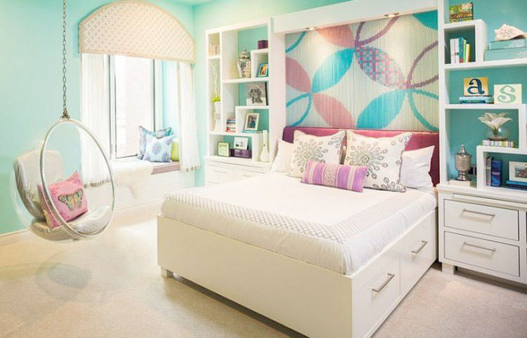 Kids bedroom with wall decorations n.28