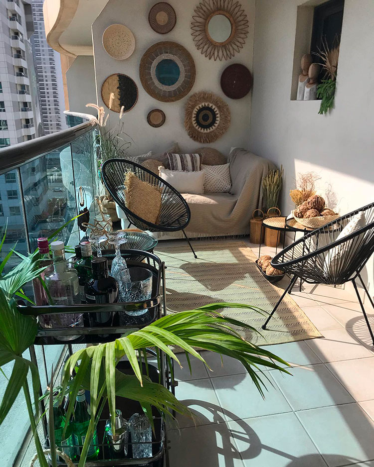 Ideas for decorating a balcony n.03