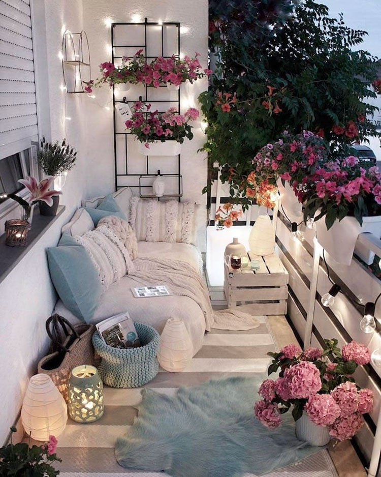 Ideas for decorating a balcony n.02