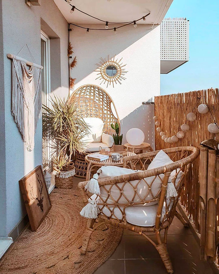 Ideas for decorating a balcony n.04