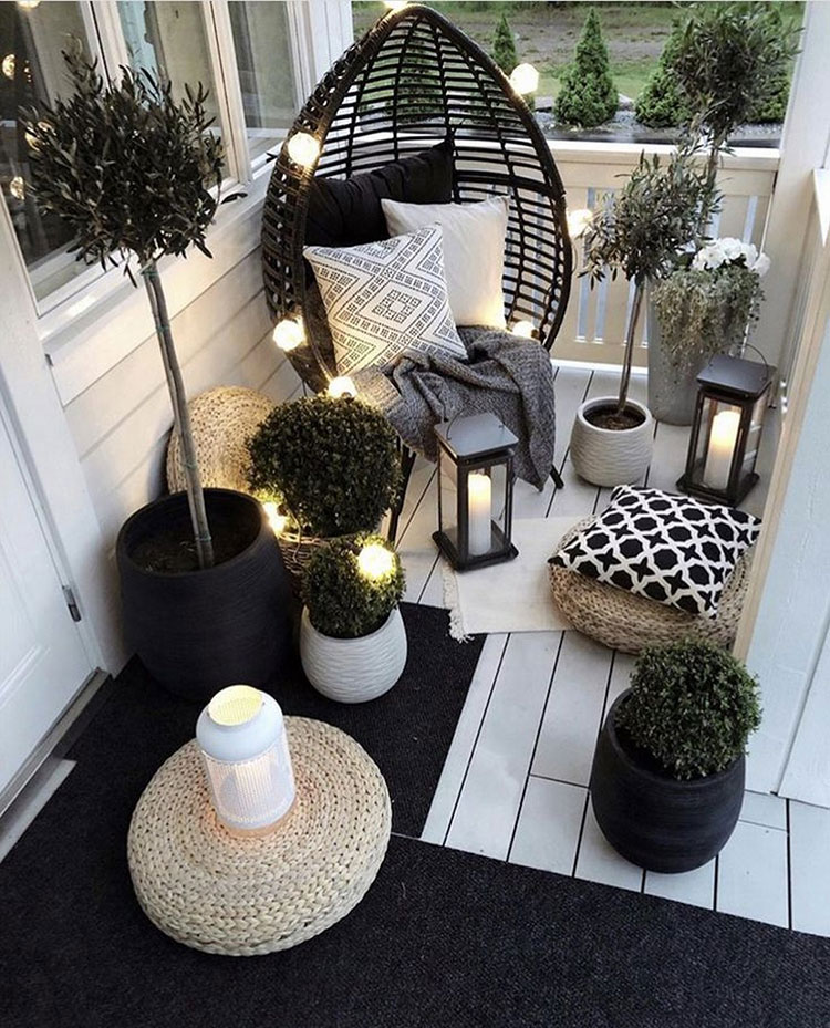 Ideas for decorating a small balcony n.03