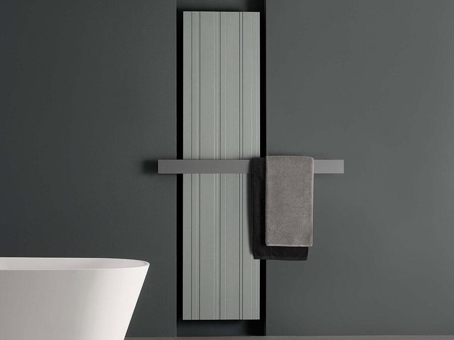 Bathroom radiator with modern design n.29