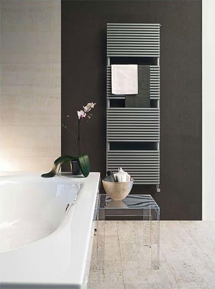 Bathroom radiator with modern design n.09