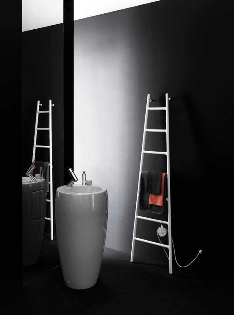 Modern design bathroom radiator n.22