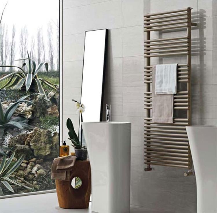 Bathroom radiator with modern design n.14