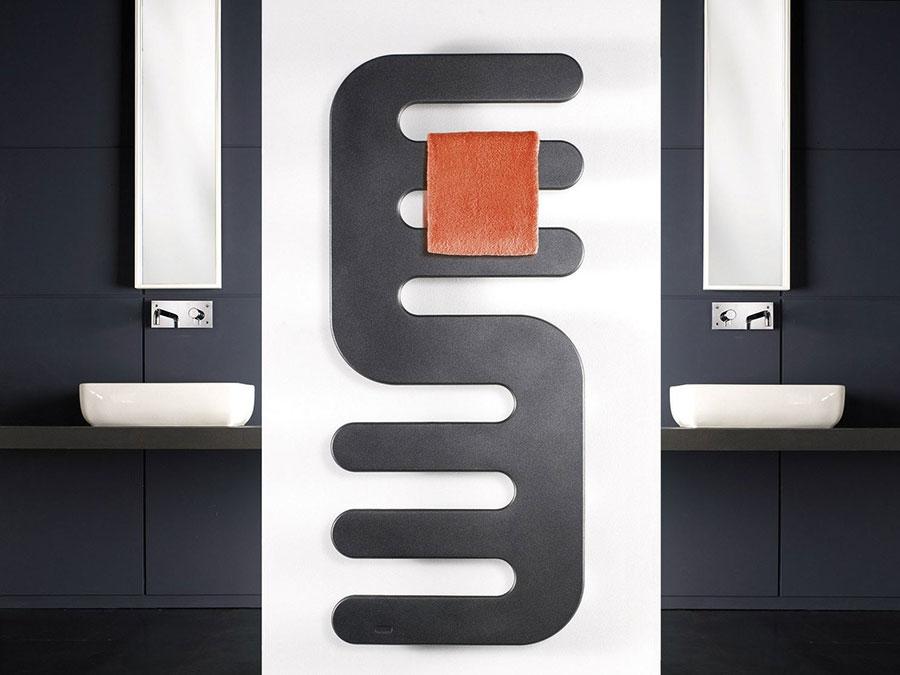 Bathroom radiator with modern design n.43