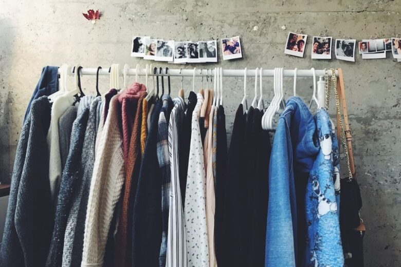 how-to-organize-clothes-removals (5)