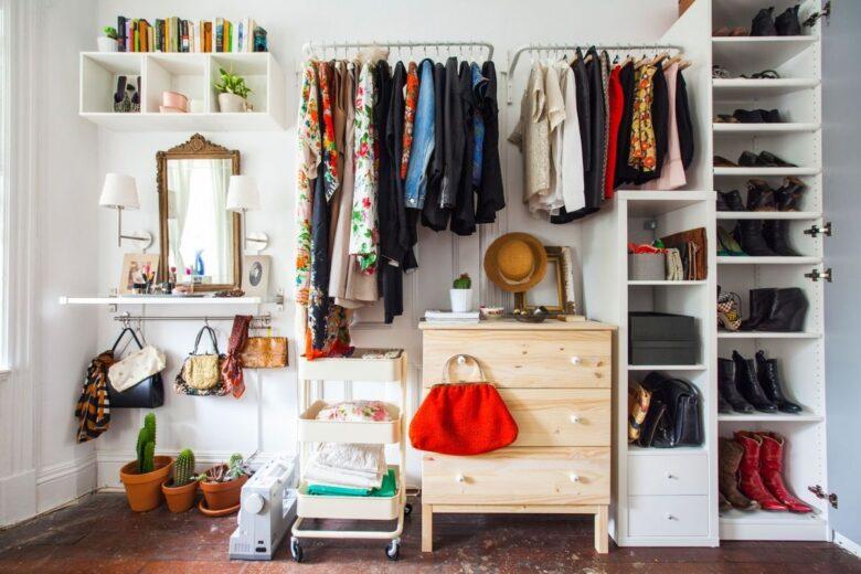 organize-clothes-without-closet (3)