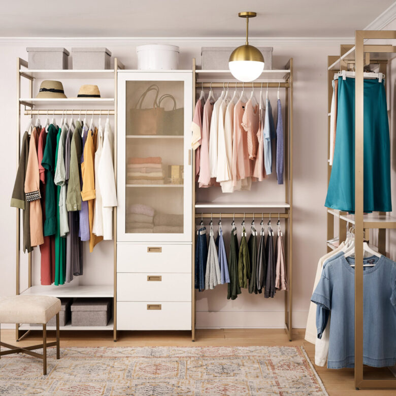 furnish-bedroom-4 & # 215; 4-walk-in-closet-4