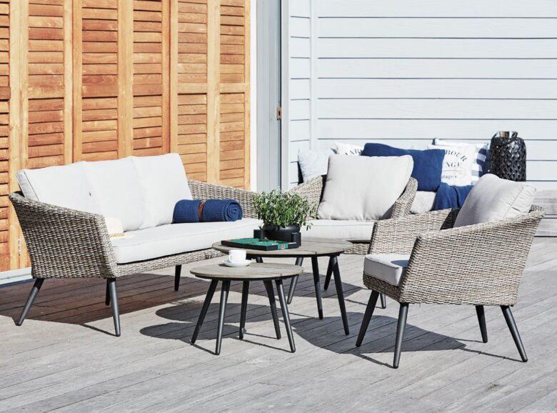 decorating-a-veranda-in-scandinavian-style-examples-14