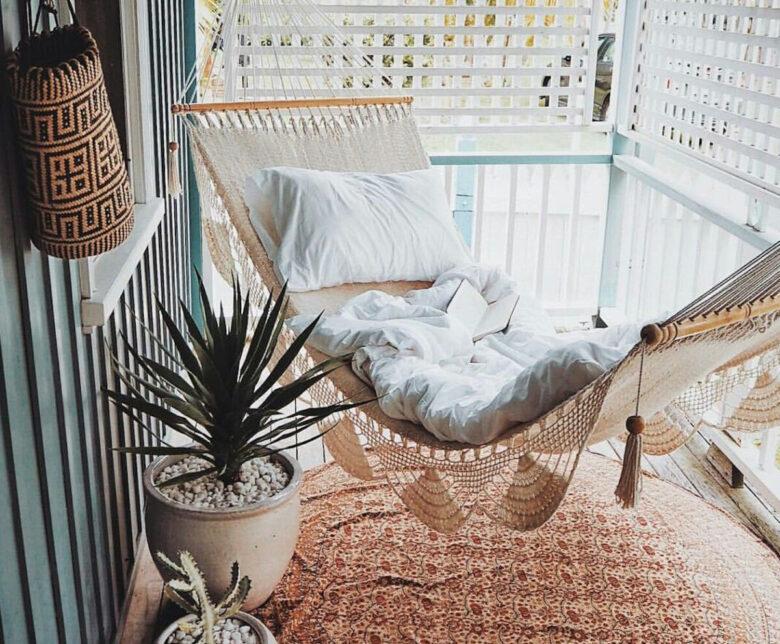 decorating-a-veranda-in-scandinavian-style-examples-11
