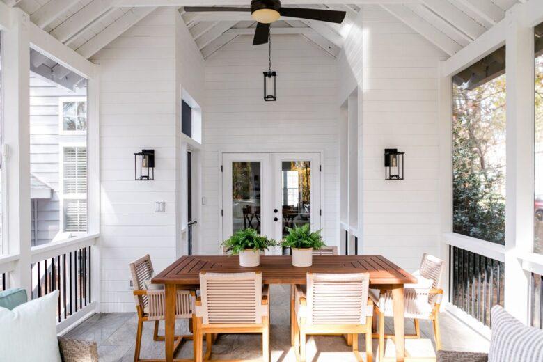 decorating-a-veranda-in-scandinavian-style-examples-21