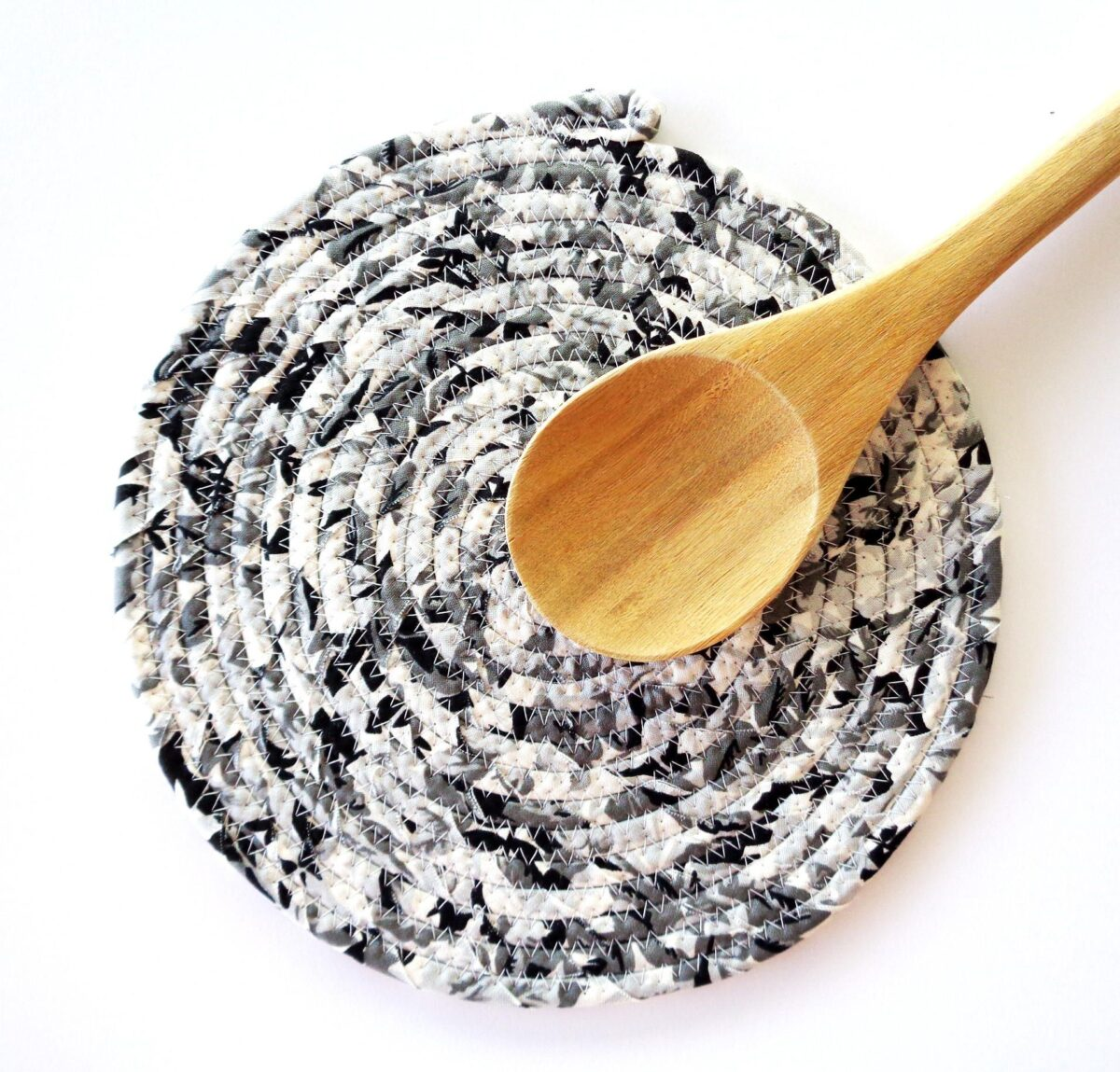 recycle-mouse-mats-kitchen1