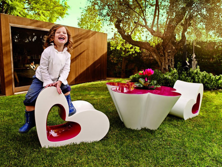 Modern outdoor furniture made for children n.02