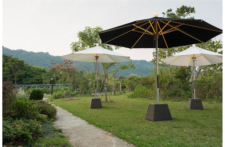 Parasol with integrated led lights n.1