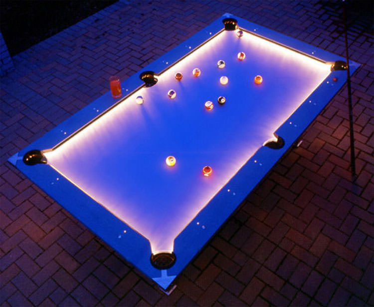 Outdoor pool table with led lights