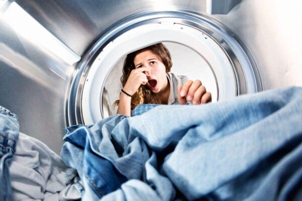 washing machine-stinks