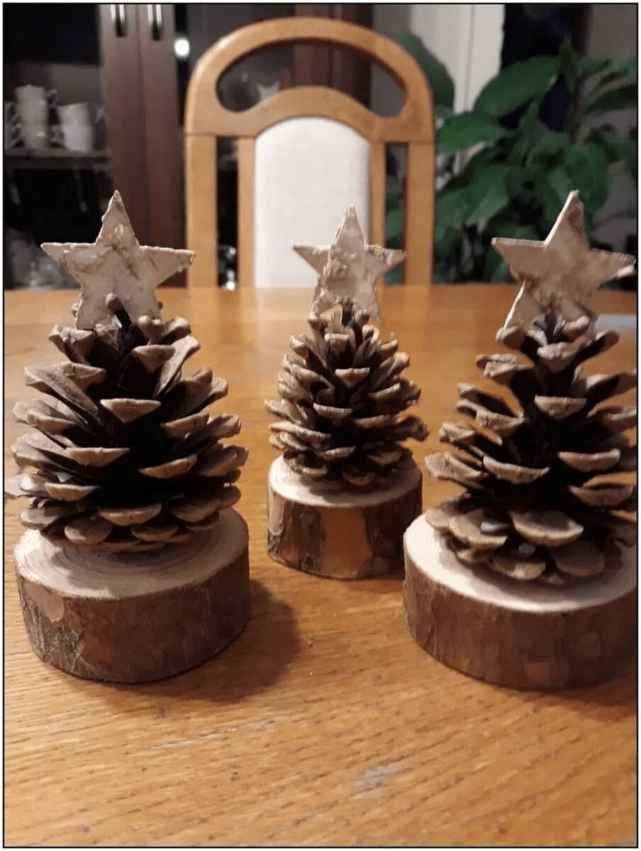 diy-christmas-decorations-with-pine-cones-28