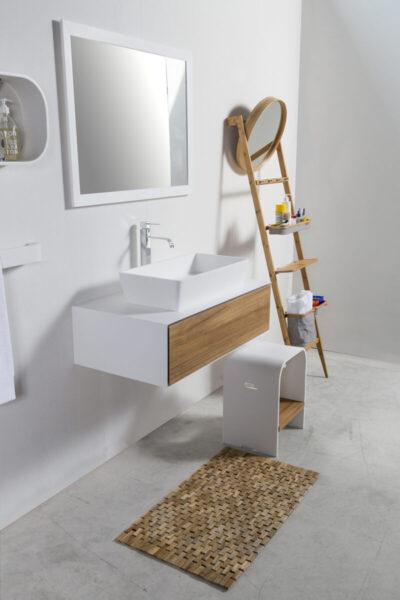 stool-bathroom