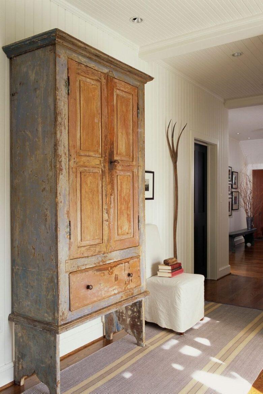 antique-wardrobe-in-modern-house-jpg (9)