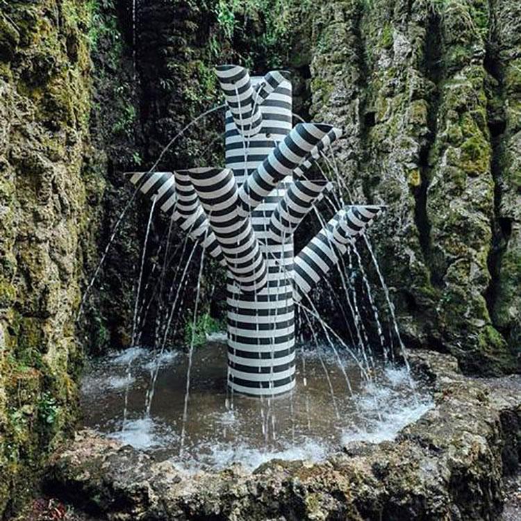 Modern Design Garden Fountain Template 01