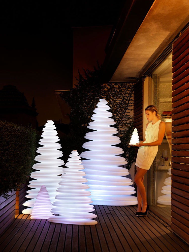 Modern Design Christmas Tree Template # 04