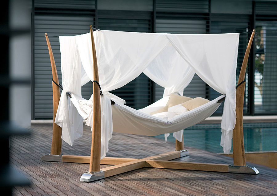 Free-standing hammock with support n.03