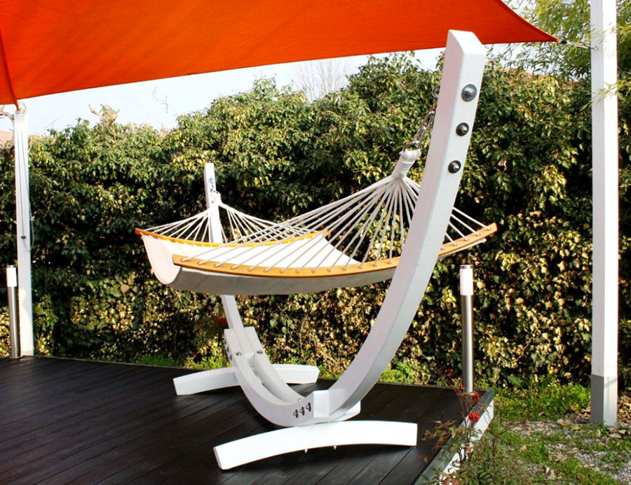 Free-standing hammock with support n.15