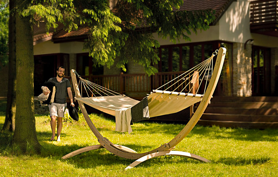 Free-standing hammock with support n.10