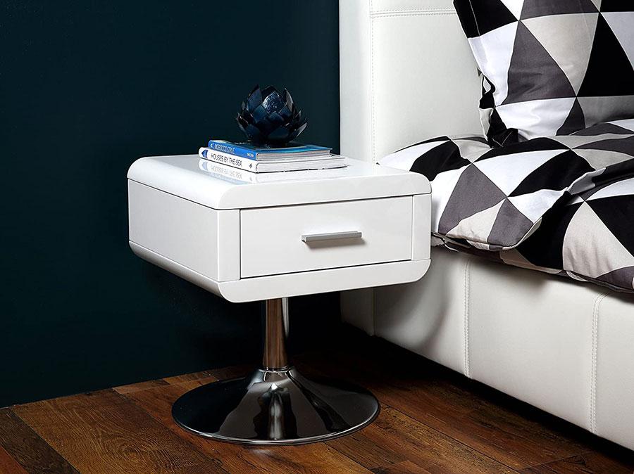 Particular bedside table model n.02