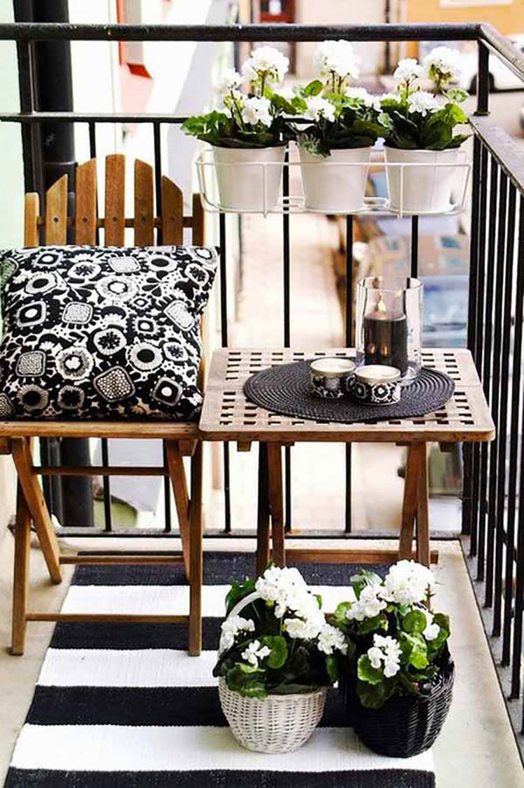 Ideas for decorating small balconies n.14